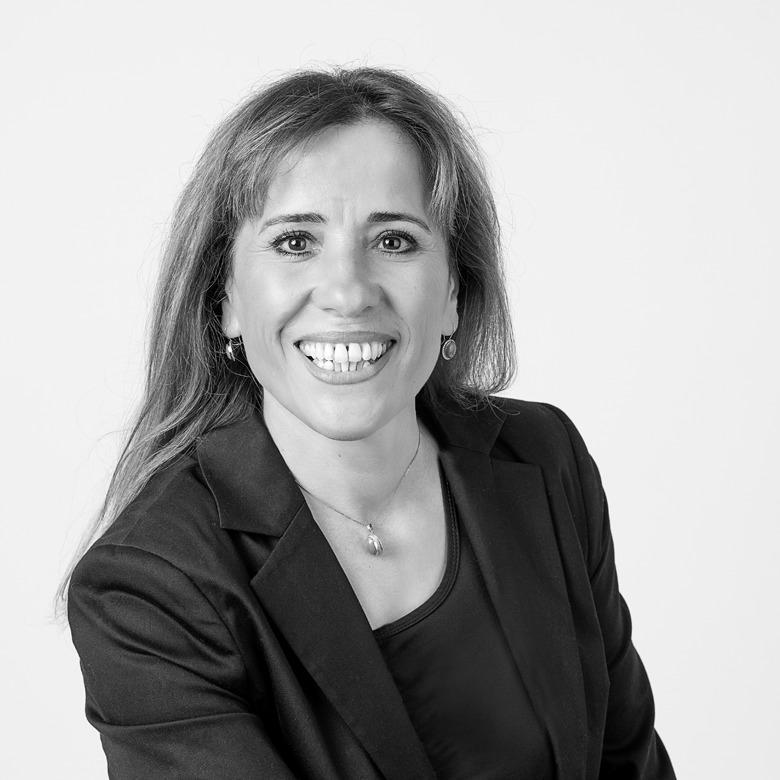 Rosa Gündogdu Portrait 780x780